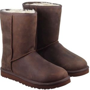 UGG Classic Short Leather Brownstone Boots